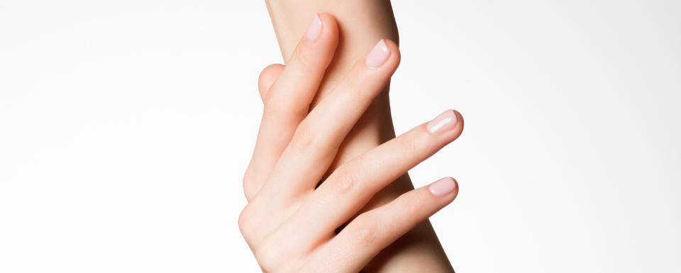 omladenie-ruk-s-kyselinou-hyaluronovou